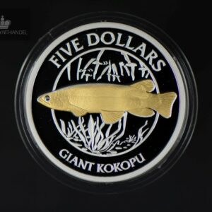 "2003 New Zealand 5 Dollars ""Giant Kokopu"" Gull Motiv"